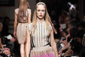 Miu Miu Makes Burlap Dresses Punchy for Spring '09
