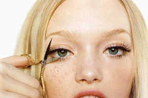 Artistic Lash-Cutting for Beautiful Eyes