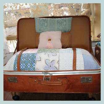 Suitcase Sofas - Recycle Your Old Suitcases Into Eco Furniture