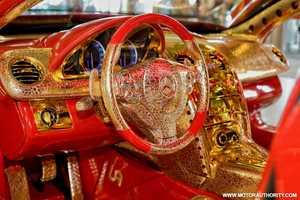 $4.3 Million McLaren Boasts Crimson and Gold Aesthetics