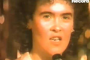 Clip of 22-Year-Old Susan Boyle Singing Surfaces