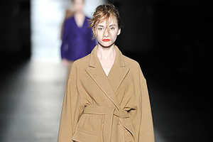 Dries Van Noten Fall 2009 Goes for Baggy and Beige
