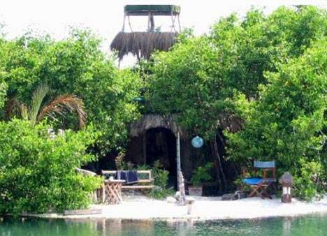 Movable Islands - Spiral Island is an Oasis That Floats on Recycled Plastic Bottles