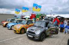 Micro Car Festivals - MINI United 2009 Gathers 25,000 for Cooper's 50th Birthday