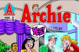 Betty Cooper & Veronica Lodge Blog About Archie Andrews' Proposal