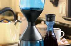 Acid-Reducing Coffee Makers - Hourglass Coffee Brew Shows Sensitivity to Stomachs