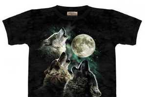 Three Wolf Moon T-Shirt Becomes Internet Sensation