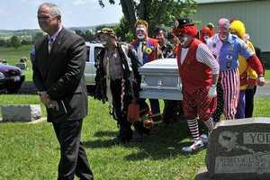 Clowns Attend Friend Boppo's Memorial Service in Costume