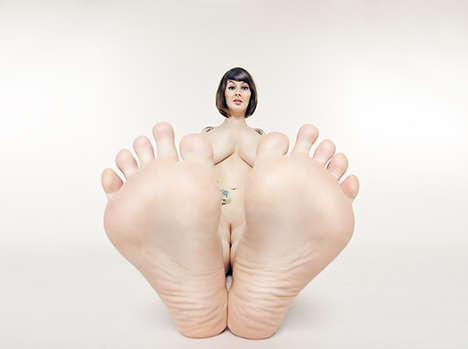 Big Foot Photography - Thomas Wuhrer Obsesses Over Women's Feet