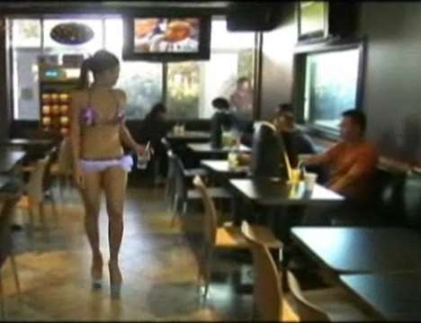 Bikini Baristas - Cafe Di Vang 2 in Vietnam Serves Coffee With a Side of Skin