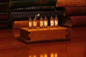 Fred Niell's Indicator-6 Nixie Clock Blends Retro & Nouveau