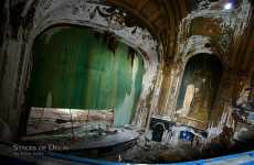 Architectural Corpses - 'Stages of Decay' by Julia Solis Captures Abandoned Theaters