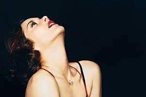 Marion Cotillard Comes Out of Her Shell in GQ Shoot