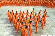 Inmate Dance Tributes - Filipino Prisoners' Heartfelt Routine to Honor Michael Jackson