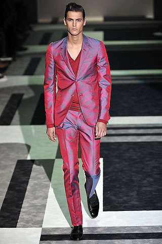 Shiny Men's Suits - Gucci's Reflective Spring 2010 Menswear Collection