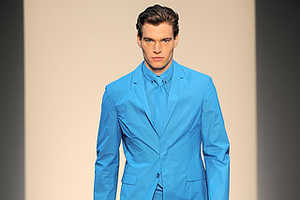Blue Suiting Options for Spring Menswear 2010