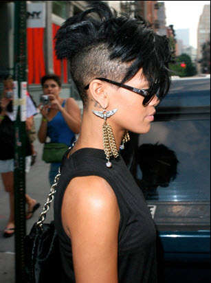 Celebrity Mohawks - Rihanna Shaves Sides of Head and Rocks the Results