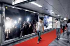 Fake Paparazzi Billboards - The Nikon D700 Phone Ad in Korea Flatters Shopping Narcissists