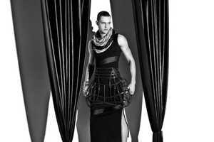 Eli Schmidt Evokes Androgyny & Avant-Garde for Oakazine
