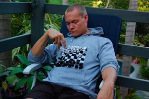Velcro Game Clothes - The Prize Pony Tic-Tac-Toe Tee Lets People Play With You