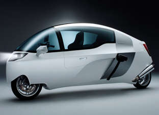 Peraves Monotracer - Combination of Bike and Car