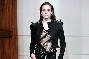 A Tough Yet Chic Edge With Plenty of Black Leather for Fall 2009