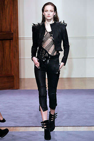 Biker Babe Revival - A Tough Yet Chic Edge With Plenty of Black Leather for Fall 2009