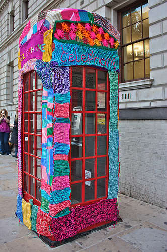 Guerrilla Urban Knitting