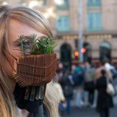 Living Jewelry - Bio Accessories Bring a Piece of Nature to Urban Dwellers