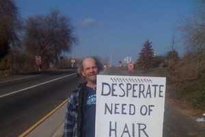 10 Hilarious Signs of Homeless Cleverly Competing for Coin