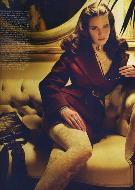 Vintage Vixen Photography - Lara Stone is a 40s Fashionista for September's Vogue Paris