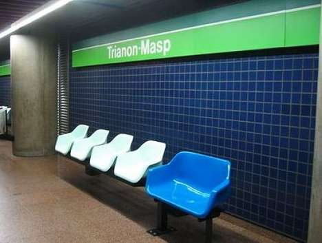 Super-Sized Fat Seats - Shameful Seating for the Obese Installed on Brazilian Subway