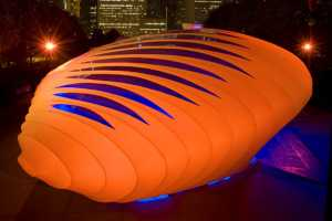 The Zaha Hadid Pavillion In Chicago Looks Like a Giant Egg