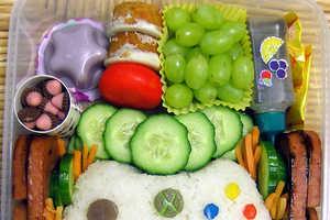 Laura Bento Creates Xbox Controller Bento Box