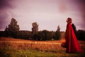 'An Autumn Story' Places Red Riding Hood at the Edge of the Woods