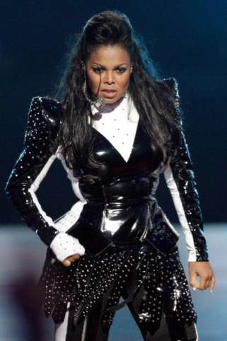 Scream(ing) Tributes - Janet Jackson Honors Michael With a Spectacular Performance at the 2009 VMAs