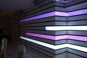Projectors & Geometry Mapping Make Any Room a Light Show