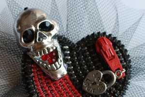 Toni and Tree Make One-Of-A-Kind Zipper Jewelry