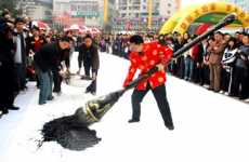 Oversized Art Instruments - Chinese Artist Creates World's Largest Paintbrush