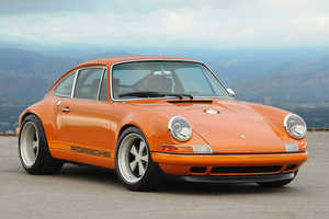 The Singer Porsche 911 Gets People Jive Talkin'