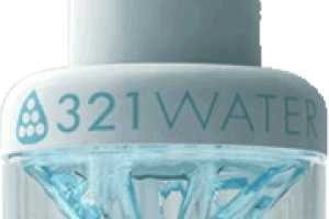 '321 Water Bottle' Designer Calls on Crowds to Fund Production