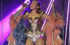Gagafied Performances - Kylie Minogue Channels Lady Gaga on Stage