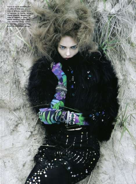Sparkling Fur Spreads - 'It's a Matter of Glam' in Vogue Italia for October 2009