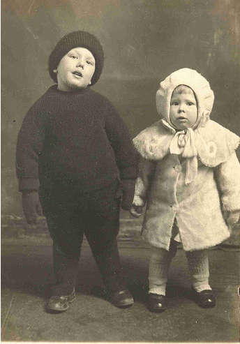 Vintage Awkward Family Photos