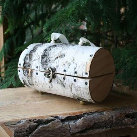 Sawed-Off Log Handbags - This Birch Bark Purse is a Treemendous Reuse of Resources