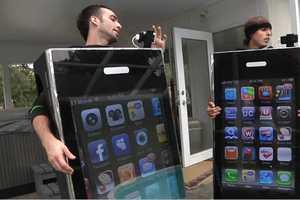Reko Rivera and Bobby Hartman's iPhone Costumes Have 42