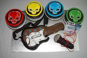 The Guitar Hero Concert Cake is Rock'n'roll-Licious