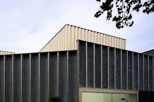 The 'Nottingham Contemporary' is a Modernized Warehouse for Art