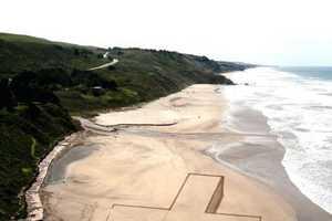 Jim Denevan Dazzles Viewers With Birds-Eye-View Sand Art