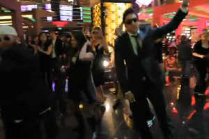 Phamous Planet Hollywood Flashmob Takes Gamblers by Surprise